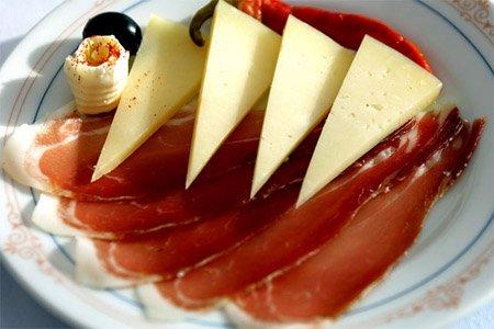 Pršut je tradiční chorvatské jídlo